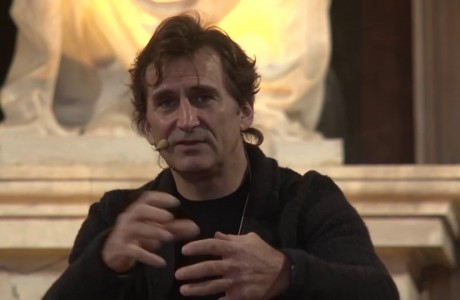 Alex Zanardi a Firenze. Confronto con gli studenti nell'ambito di F-Light festival