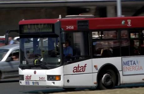 Autobus, fondi per migliorare la regolarità del servizio Ataf