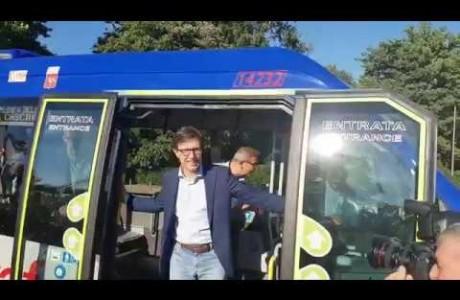 Autobus: inaugurata la nuova linea Ataf che percorre le Cascine