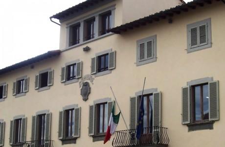Campi Bisenzio, dopo piazza Gramsci restyling all'ex caserma dei Carabinieri