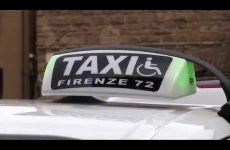 Disabili in taxi, ecco i primi 8 mezzi