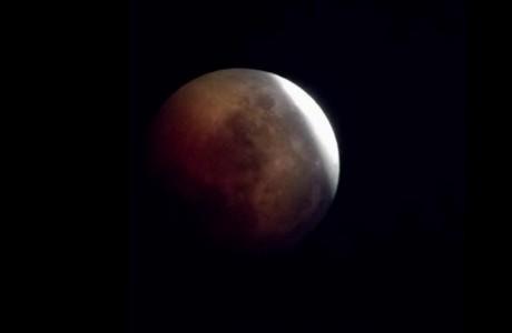 Eclissi di luna su Firenze 27 luglio 2018