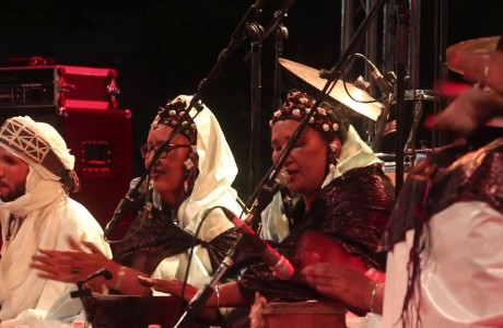 Festival au Désert: chiusura con i ritmi Tuareg delle Tartit