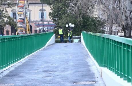Firenze, aperta la rinnovata passerella dell'Isolotto