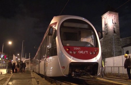 Firenze, posato il primo tram sulla linea 2 della tramvia