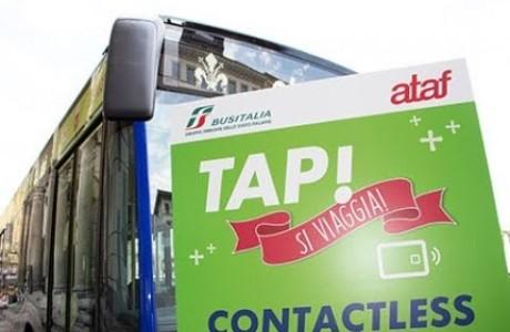 Firenze, prima città italiana dove il biglietto si compra con la carta di credito su tutti i bus