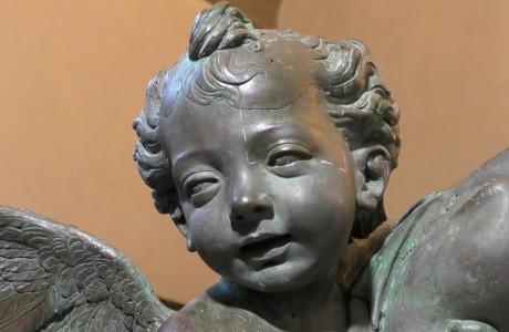 """Restaurato il """"Putto con delfino"""" di Andrea del Verrocchio"""