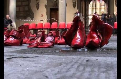 Scarpe rosse contro la violenza