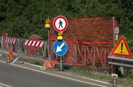 Strade, immagini da alcune strade e cantieri in corso nell'area metropolitana di Firenze