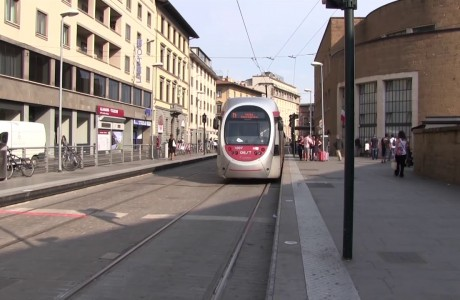 Tramvia Firenze, più corse serali e maggiore frequenza per la T1