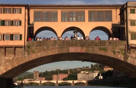 Turismo, a Firenze non è più mordi e fuggi